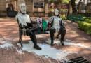 """Vandalizan esculturas de Fidel Castro y el """"Che"""" Guevara en la Ciudad de México"""
