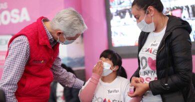 Entrega Alfredo del Mazo Salario rosa a mujeres embarazadas y madres con hijos que cuentan alguna discapacidad