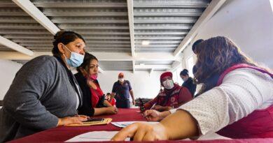 Instalan centro de atención a personas afectadas por deslave del cerro El Chiquihuite