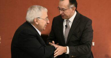 Presenta Raymundo Martínez Carbajal proyecto para Toluca a ex presidentes