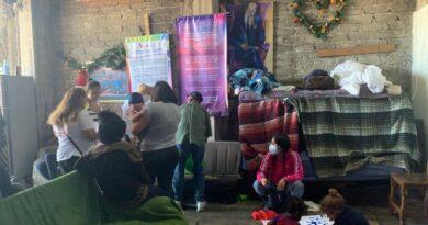 Migrantes en Metepec sin ayuda de las autoridades